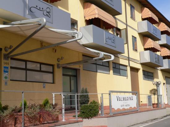 Hotel Valmarina : Esterno