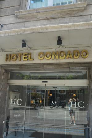 Condado Hotel Barcelona: Hotel front