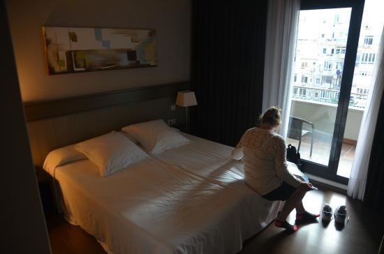 Condado Hotel Barcelona: Bedroom