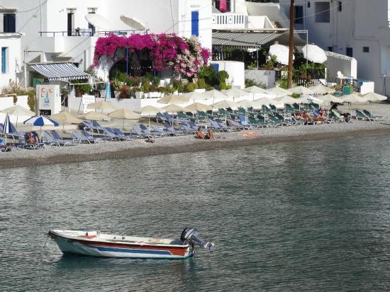 Daskalogiannis Hotel: little beach in the village