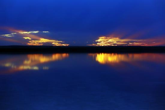 Lake Tuz: Sun set in Salt Lake