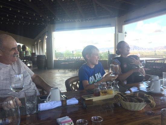 Hacienda Guadalupe Restaurante: Enjoying the juice tasting descriptions