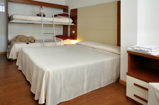 Hotel Mezzaluna: Camera familiare