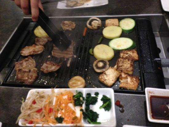 Meishi Restaurant: Grilling away on the table