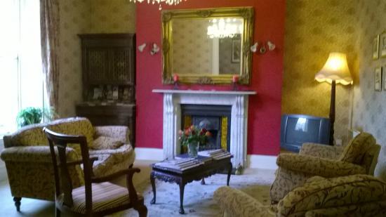 Waterloo House : entrance living room
