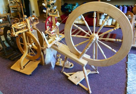 Arcadia, IN: They have Spinning wheels too.