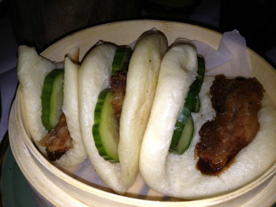 Wahso: Steamed pork buns