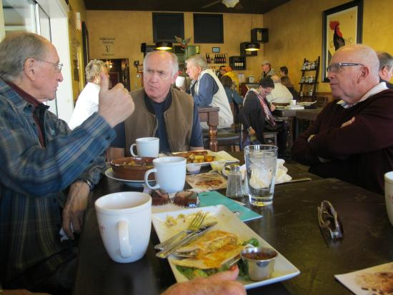 Old Town Red Rooster Cafe: Great conversations over food and coffee