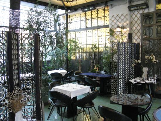 Tavolini del bar ristorante foto di corso como 10 for Corso di grafica milano