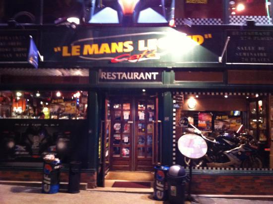 le mans legend cafe picture of le mans legend cafe le mans tripadvisor. Black Bedroom Furniture Sets. Home Design Ideas