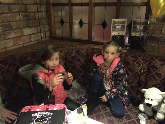Fallbarrow Holiday Park: Enjoying donuts in the Pub at Fallbarrow.