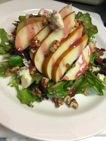 Wild Duck Restaurant & Pub: Pear & Walnut Salad