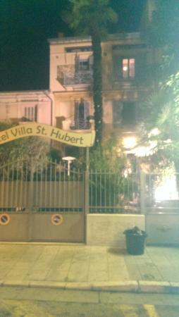 Hotel Villa St-Hubert: l hotel  de nuit