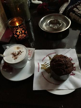 Baba Coffeeshop: Space muffin