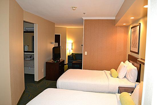 SpringHill Suites Prince Frederick : Double Bed Suite