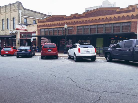 Wes' Burger Shack: Street View Moved S. 2nd Street new permanent location.
