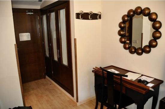 Hotel Ordesa: habitacion