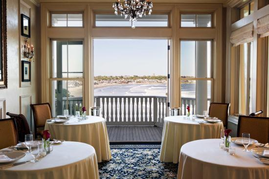The Chanler at Cliff Walk: Dine at our Spiced Pear Restaurant.