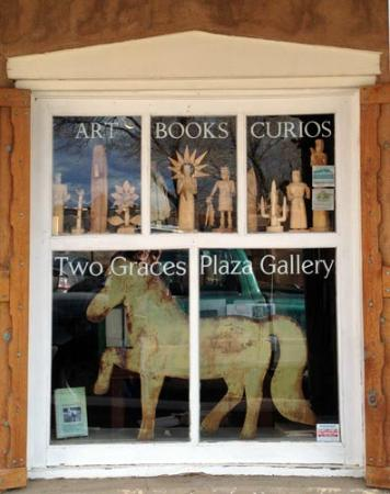 Two Graces Gallery
