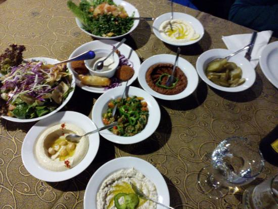 Syrian Arab Friendship Club: Mezze for 2 people (mixed grill still missing on picture!)