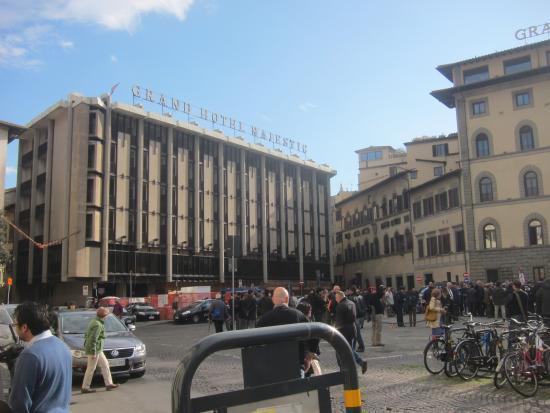 Pancioli Majestic Hotel : фасад