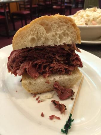 Ben's Kosher Delicatessen Restaurant & Caterers : Delicious!!! Tender and good amount of pepper. Delicious with the house sauerkraut. :-)