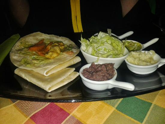 Hacienda Mexican Bar & Restaurant: Fajitas