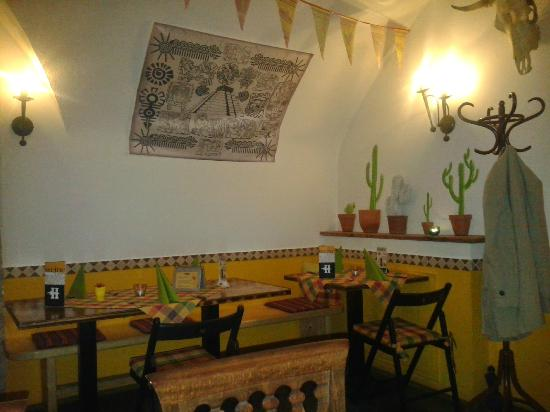 Hacienda Mexican Bar & Restaurant: innen