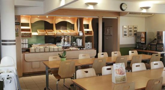 B&B Hotel Marne la Vallee Bussy: Salle petit déjeuner