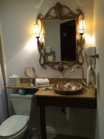 Villa Montes Hotel, an Ascend Collection Hotel : restroom