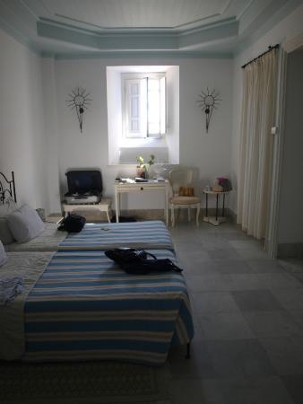 Hotel Dar Said : Quiet 1st floor room
