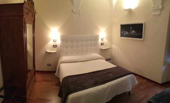 Bed & Breakfast Quattro Cantoni: camera ANNA