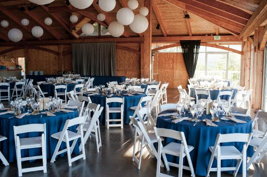 Boiceville, Nova York: Inside the reception barn