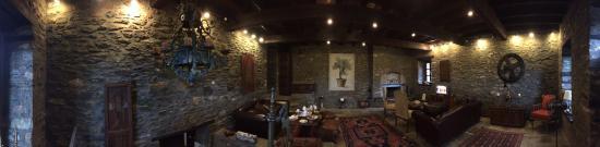 Palio Eleotrivio Guesthouse: Main Hall - Panoramic