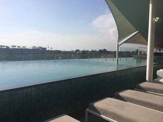 IZE Seminyak: The pool