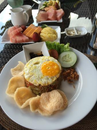 Mandala Desa: Breakfast