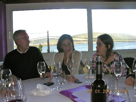 Restaurante Mar de Ardora: Comida con dama y damita