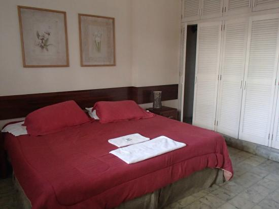 Hostal Entre 2 Aguas: Room downstairs