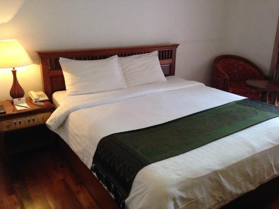 Cheathata Angkor Hotel: Our Room