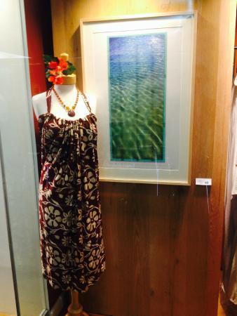Hawaii State Art Museum: Showcase Hawaii Gift Shop at the HiSAM