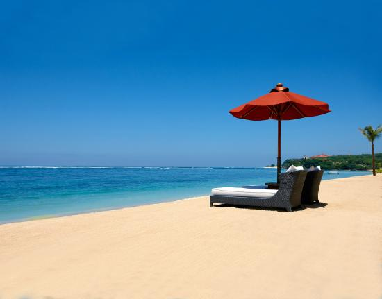The St. Regis Bali Resort: Beachfront