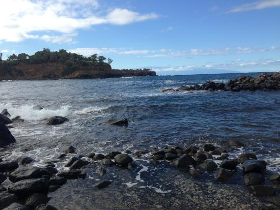Keokea Beach Park: View from the little lookout