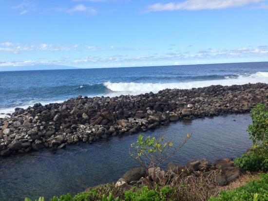 Keokea Beach Park: The very tiny, protected beach area