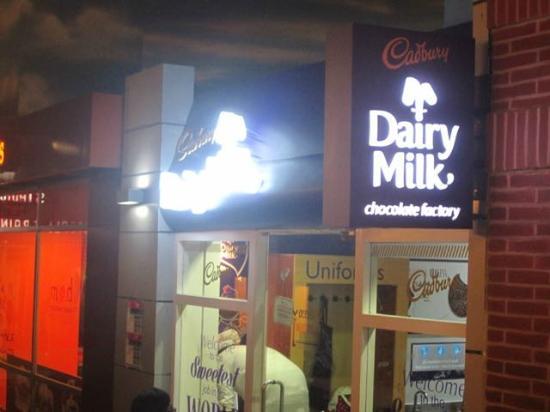 KidZania Mumbai : Make some chocolates