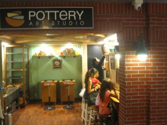 KidZania Mumbai: Pottery