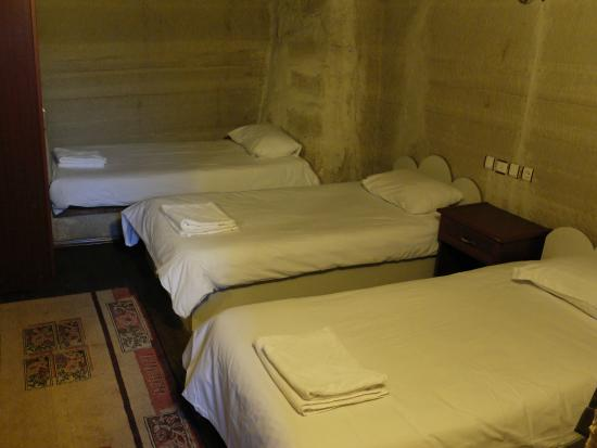 Guven Cave Hotel: our room