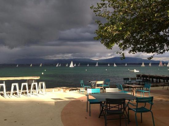 Photo of Restaurant Restaurant de la plage at Route De Geneve 12, Nyon 1260, Switzerland