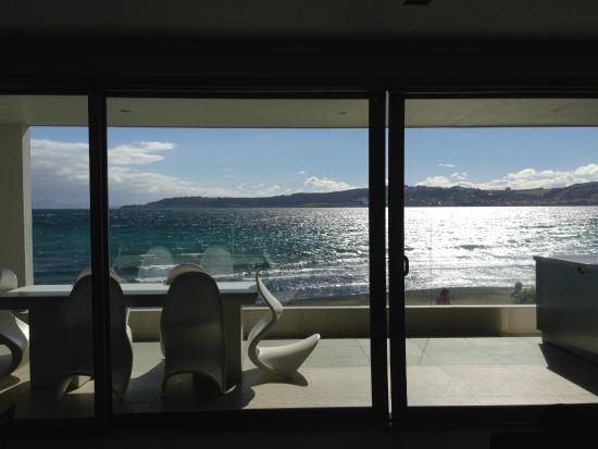 Sacred Waters Taupo Luxury Apartments: Room with a view....