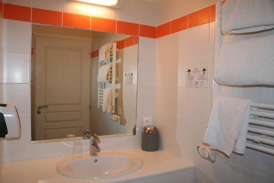 Hôtel VALERY : Salle de bains