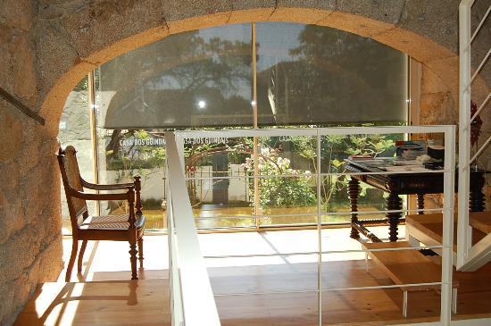 Casa dos Guindais: Entrance&lobby
